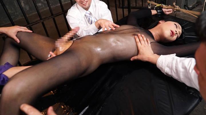 媚薬漬けされた女装子潜入捜査官が拷問を受けアナルが女性器と化す   エッチ満載のアダルト動画