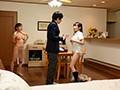 「両親不在の1週間…【海外生まれで性に超オープン】常に半裸のハーフ姉妹と僕だけの巨乳まみれ3人共同生活 楪カレン 逢見リカ」のサンプル画像6